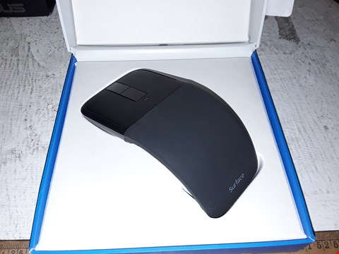 Lot 8152 MICROSOFT ARC TOUCH MOUSE