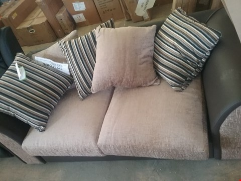 Lot 62 2 SEATE BROWN/BEIGE SOFA WITH 5 CUSHIONS