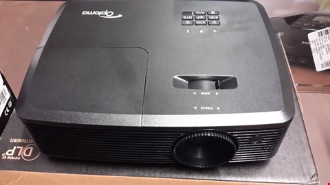 Lot 1030 OPTOMA H183X FULL 3D HD READY DLP 3200 ANSI LUMENS HOME CINEMA PROJECTOR