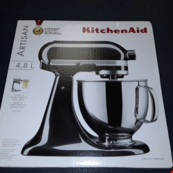 Lot 9171 KITCHEN AID STAND MIXER  RRP £599.99