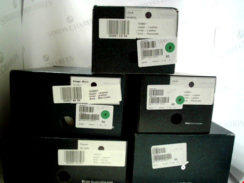 Lot 3066 LOT OF APPROXIMATELY 5 ASSORTED PAIRS OF FOOTWEAR TO INCLUDE; EMU AUSTRALIA BOOTS IN VARIOUS STYLES AND SIZES