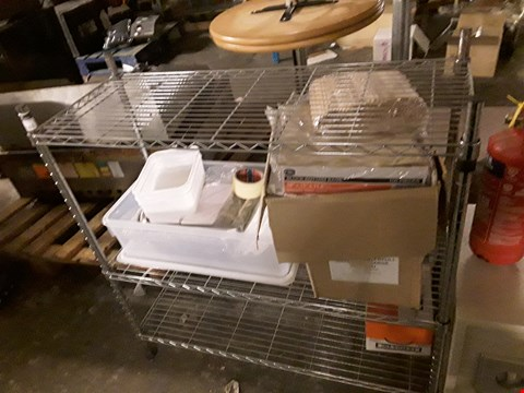 Lot 15161 ASSORTED CATERING ITEMS TO INCLUDE: METAL 3-TIER RACK, BLOCK BOTTOM BAGS, STORAGE TUB ETC