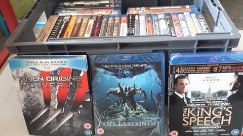 Lot 9011 BOX OF APPROXIMATELY 30 BLU RAY DISCS TO INCLUDE WOLVERINE, PAN'S LABYRINTH, THE KING'S SPEECH ETC