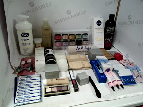 Lot 11031 LOT OF ASSORTED HEALTH & BEAUTY PRODUCTS TO INCLUDE: AZURE DIP POWDER SET, E45 CREAM, RAZOR CARTRIDGES, ASSORTED BATHROOM & MAKEUP PRODUCTS