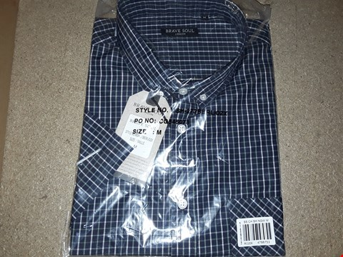 Lot 132 BOX OF APPROXIMATELY 10 BRAVE SOUL MEDIUM CHECK STYLE SHIRTS NAVY AND WHITE