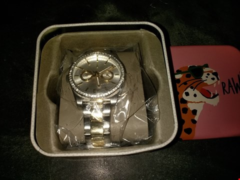 Lot 2111 FOSSIL SILVER SUNRAY AND GOLD DETAIL MULTI DIAL TWO TONE STAINLESS STEEL BRACELET LADIES WATCH RRP £199.00
