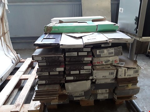 Lot 7144 PALLET OF ASSORTED LAMINATE FLOORING