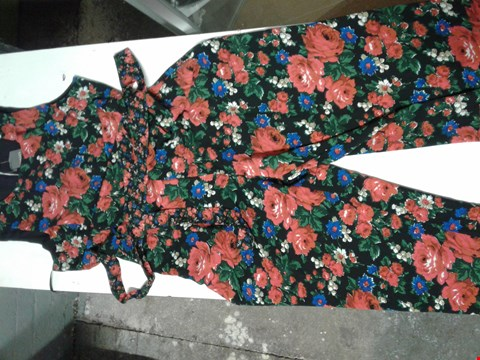 Lot 93 OASIS WIDE LEG BLACK ALL IN ONE PLAYSUIT WITH RED AND BLUE FLOWER PATTERN AND TIE AROUND WAIST BELT SIZE 18
