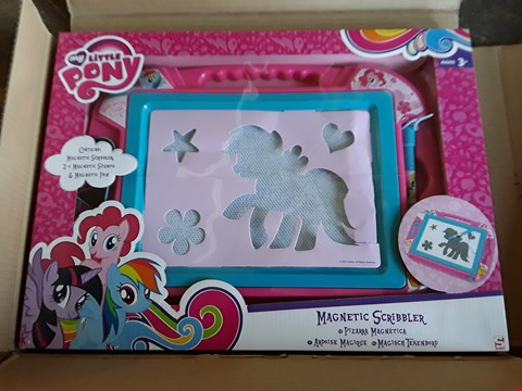 Lot 2318 3 GRADE 1 ITEMS TO INCLUDE MY LITTLE PONY MAGNETIC SCRIBBLER AND 720 MULTI FUNCTION BRIGHT WHITE LIGHTS RRP £97