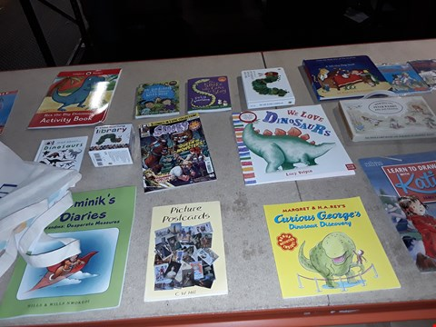 Lot 5 A LOT OF APPROXIMATELY 35 ASSORTED CHILDRENS BOOKS