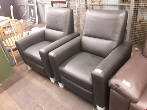 Lot 154 BRAND NEW QUALITY DESIGNER ITALIAN BLACK LEATHER POWER RECLINING ARMCHAIR AND MANUAL RECLINING ARMCHAIR