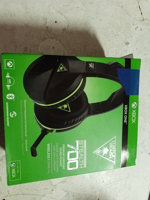 Lot 54 TURTLE BEACH STEALTH 700X GAMING HEADSET FOR XBOX ONE