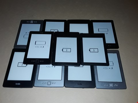 Lot 15 LOT OF 11 ASSORTED KINDLE E-BOOK READERS