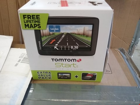 Lot 2253 BOXED TOM TOM START SAT NAV WITH CASE