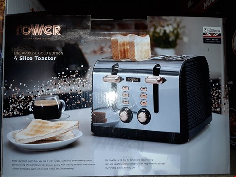 Lot 458 TOWER LINEAR ROSE T20020 4 SLICE RIB TOASTER, STAINLESS STEEL, 1750 W, BLACK AND ROSE GOLD