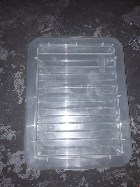 Lot 3153 LARGE PALLET OF PLASTIC BOX STORAGE CONTAINER LIDS