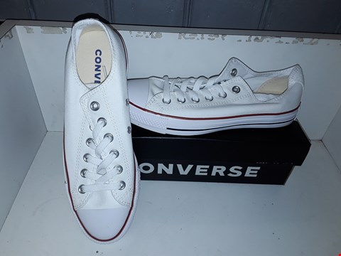 Lot 9374 BOXED CONVERSE ALL STAR OX OPTICAL WHITE UK SIZE 6