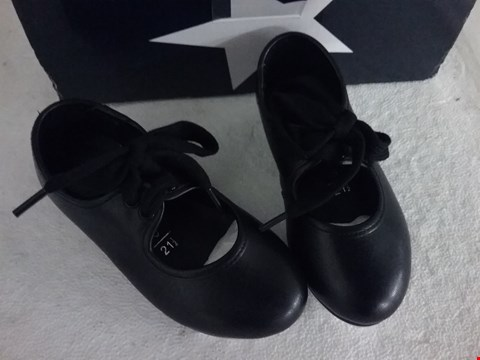 Lot 70 BOXED ROCH VALLEY DANCE SHOES - BLACK, SIZE 5 INFANT