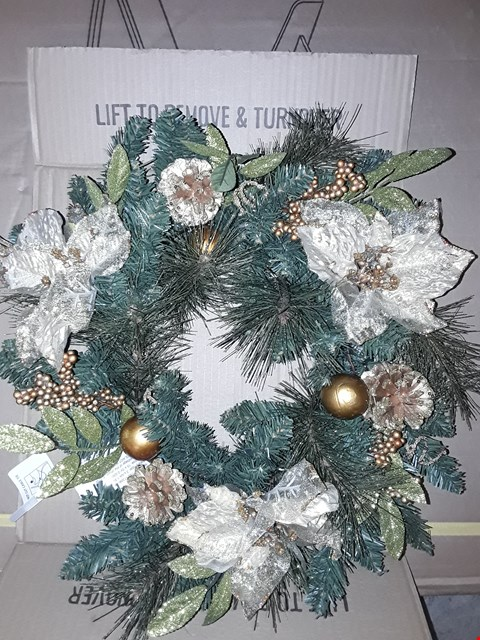 Lot 160 BRAND NEW GOLD POINSETTA PRE LIT WREATH AND STANDING SANTA RRP £40
