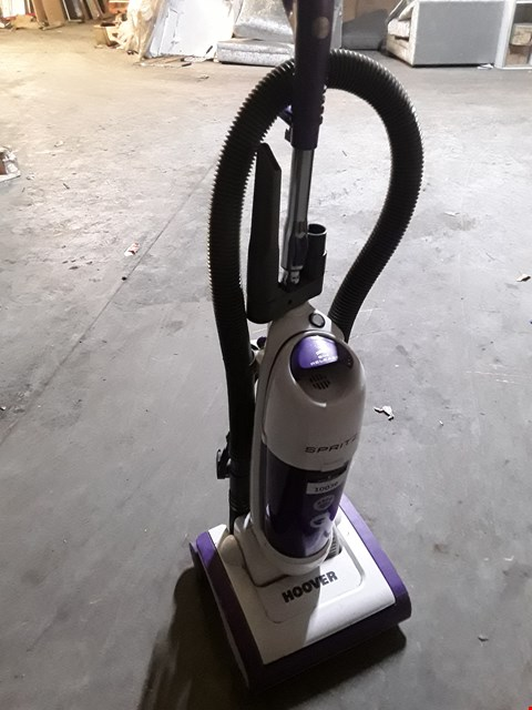 Lot 10036 HOOVER SPRITZ UPRIGHT VACUUM CLEANER