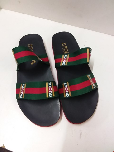 Lot 9021 GUCCI POLO COLLECTION FLIP FLOPS - BLACK SIZE 9