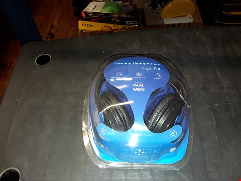 Lot 2104 GAMING HEADSET FOR P4