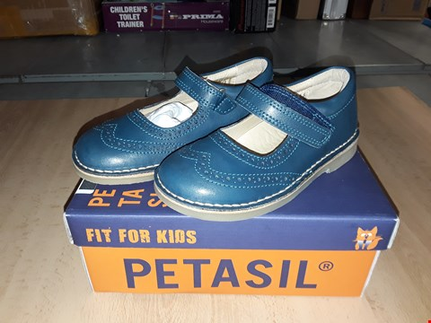 Lot 12522 BOXED PETASIL CLARET 2 TEAL BLUE LEATHER VELCRO STRAP UK SIZE 10 JUNIOR