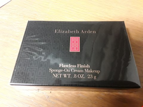 Lot 1270 2 BOXES OF ELIZABETH ARDEN FLAWLESS FINISH SPONGE-ON CREAM MAKEUP 8OZ. 23G RRP £40