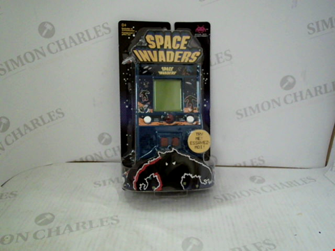 Lot 3037 BOXED SPACE INVADERS CLASSIC ARCADE GAMEPLAY