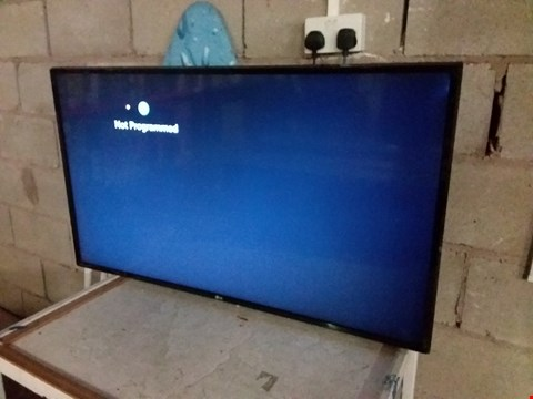"Lot 208 LG 43LK5900PLA 43"" HD TV"