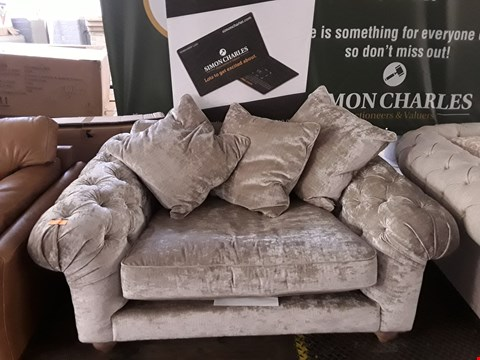 Lot 202 DESIGNER MINK CRUSHED VELVET CHESTERFIELD STYLE SNUGGLE CHAIR
