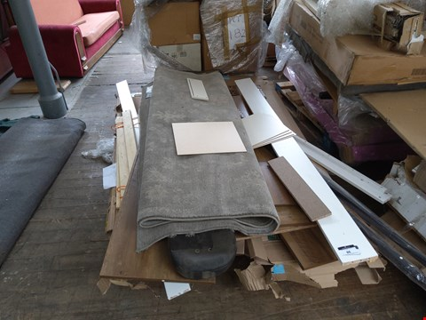 Lot 86 PALLET OF ASSORTED FURNITURE PARTS AND A RUG
