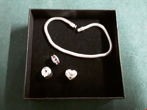 Lot 1513 THE LOVE SILVER COLLECTION PERSONALISED STERLING SILVER BIRTHSTONE AND NAME CHARM BRACELET RRP £65