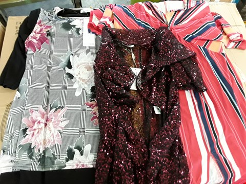 Lot 7926 BOX OF APPROXIMATELY 38 ASSORTED ITEMS TO INCLUDE ALL OVER SEQUIN JACKET, PRINT FRONT SIDE SPLIT TUNIC, STRIPE TWIST FRONT MAXI DRESS