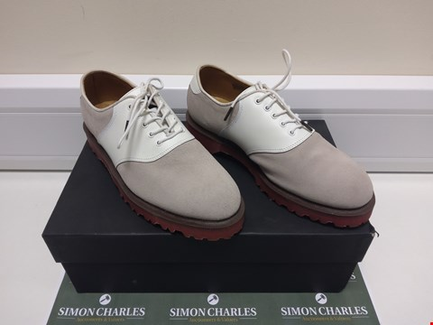 Lot 3018 PAIR OF DR MARTENS SIZE 6 FOOTWEAR