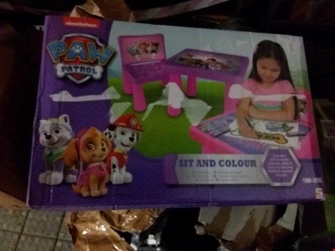 Lot 5159 BOXED GRADE 1 PAW PATROL GIRLS SIT AND COLOUR TABLE AND MY LITTLE PONY 3 PACK COLOUR YOUR OWN BAG SET RRP £42.00