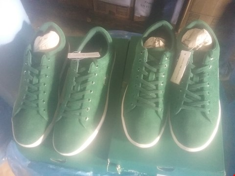 Lot 7065 BAG OF APPROXIMATELY 10 ASSORTED ITEMS OF FOOTWEAR TO INCLUDE LACOSTE GREEN STRAIGHT SET TRAINERS