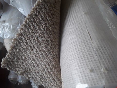 Lot 665 ROLL OF LIGHT BROWN CARPET APPROXIMATELY 4X1.22M