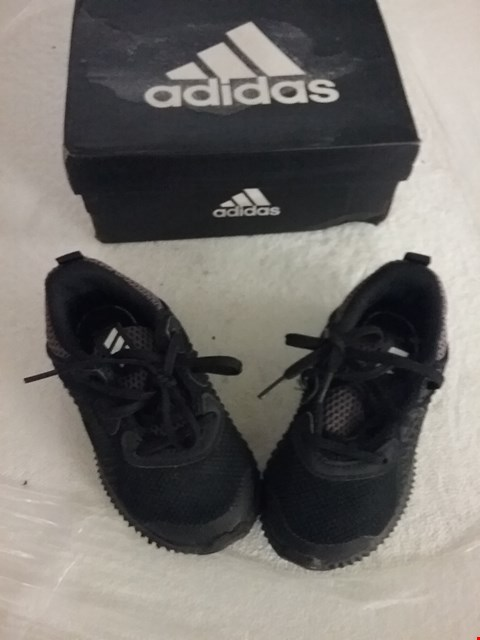 Lot 69 BOXED ADIDAS ALPHA BOUNCE I TRAINERS - BLACK, SIZE 6.5 JUNIOR