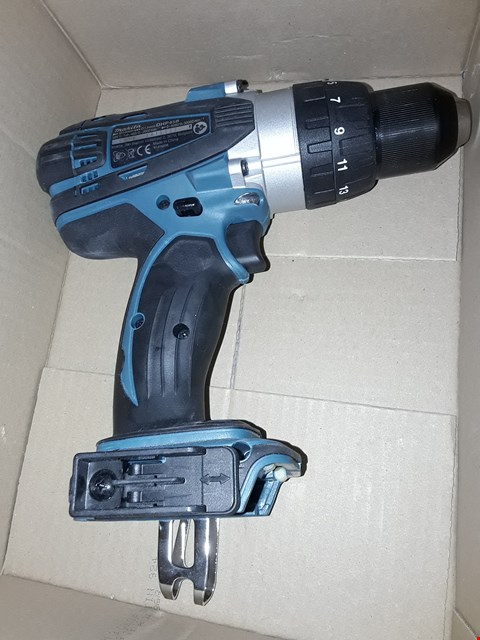 Lot 557 MAKITA DLX2145TJ COMBI DRILL AND IMPACT DRIVER 18 V KIT