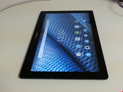Lot 5152 LENOVO TB2-X30F ANDROID TABLET