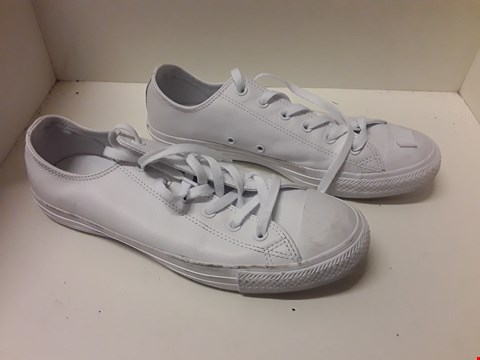 Lot 35 PAIR OF CONVERSE WHITE TRAINERS SIZE 8