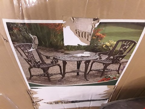 Lot 325 DESIGNER BOXED BISTRO GARDEN SET