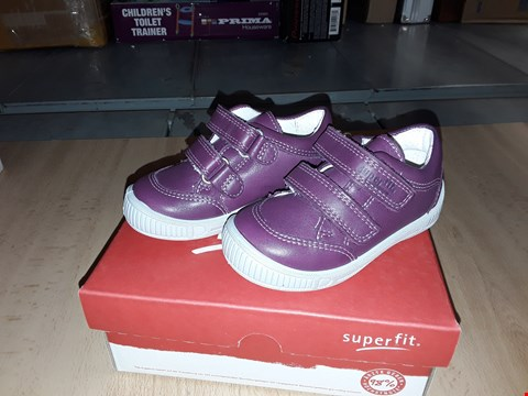 Lot 12384 BOXED SUPERFIT COOLY NAPPA LEATHER PURPLE VELCRO SHOES UK SIZE 4.5 JUNIOR