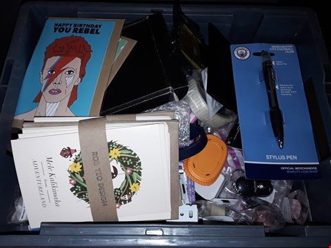 Lot 26 BOX OF ASSORTED ITEMS TO INCLUDE BOWIE BIRTHDAY CARD, BAT REPAIR TAPE, MANCHESTER CITY STYLUS PEN