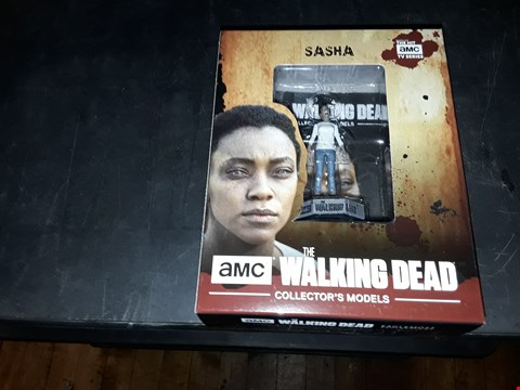 Lot 2052 THE WALKING DEAD SASHA COLLECTORS MODEL