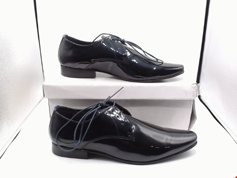Lot 4064 BOXED PAIR OF SIZE 44 KURT GEIGER FINLEY SHOES