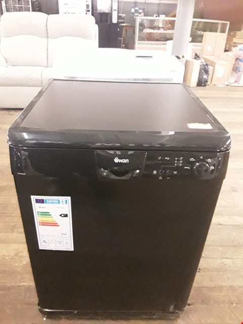 Lot 21 SWAN SDW2022B BLACK FULL SIZE DISHWASHER  RRP £419.00