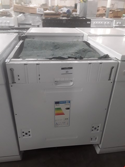 Lot 43 SWAN SDWB7040W INTEGRATED FULL SIZE DISHWASHER  RRP £159.99
