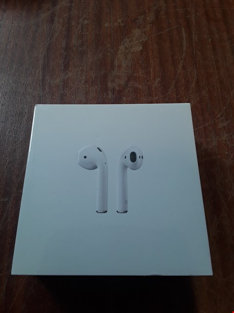 Lot 58 BOXED APPLE AIRPODS